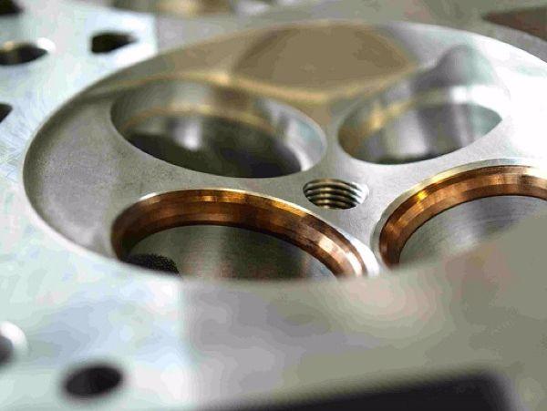 Serdi valve seat cutting close up